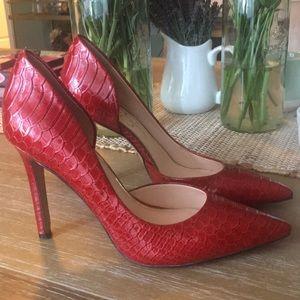 Jessica Simpson Snakeskin Pattern High Heels